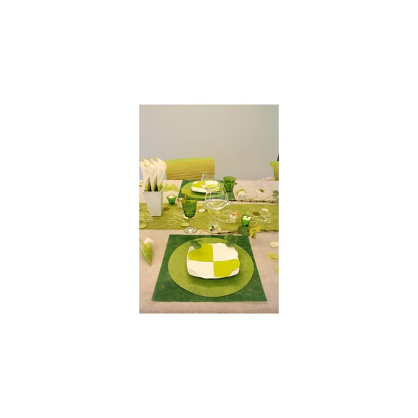 set de table rond uni vert set de table nappage art de la table decostylepassion. Black Bedroom Furniture Sets. Home Design Ideas